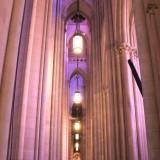 сам же собор похож на декорации к Властелину Колец